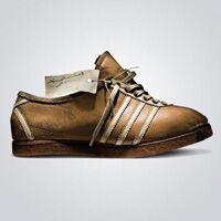 """1949. augusztus 18-án Adi Dassler 49 évesen megalapította az """"Adi Dassler  adidas sport cipő gyárat"""" és 47 alkalmazottal megkezdte a gyártást 1a21d5244c"""